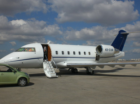 PRIVATE JET CHALLENGER 604 להשכרה