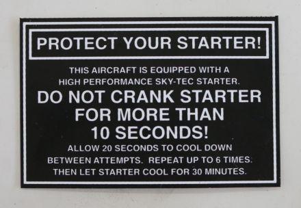 מדבקת אזהרה לסטרטר