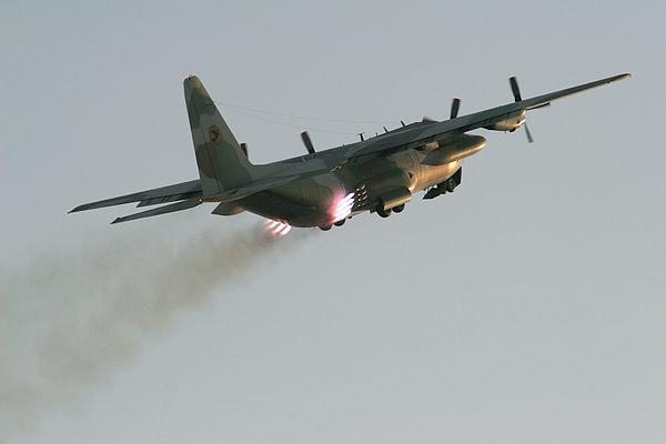 מטוס מטייסת קרנפים