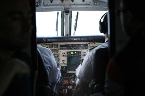 נשים במקצועות התעופה