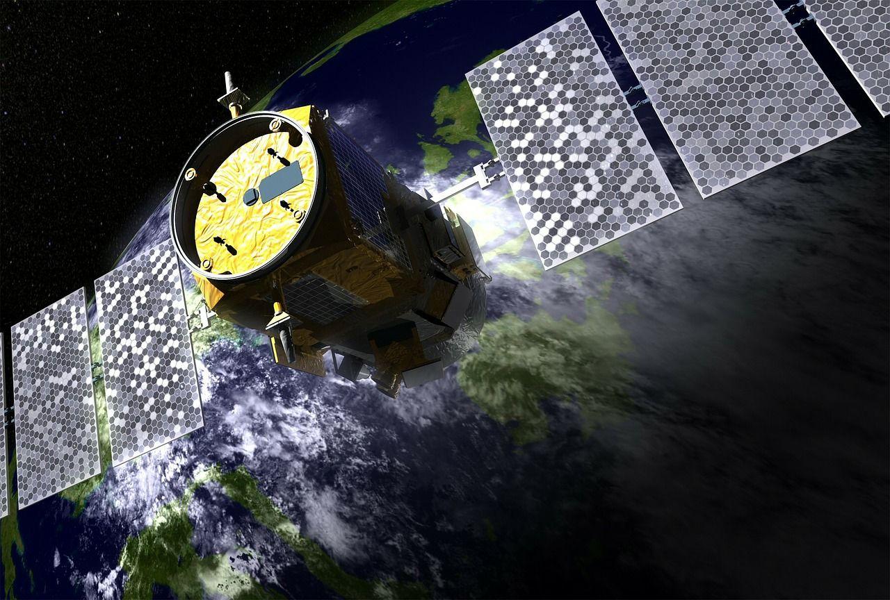 תקשורת לוויינים עולמית