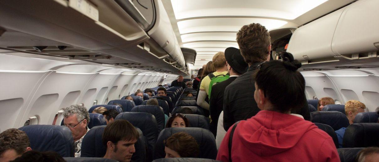 רעש בתוך מטוסים