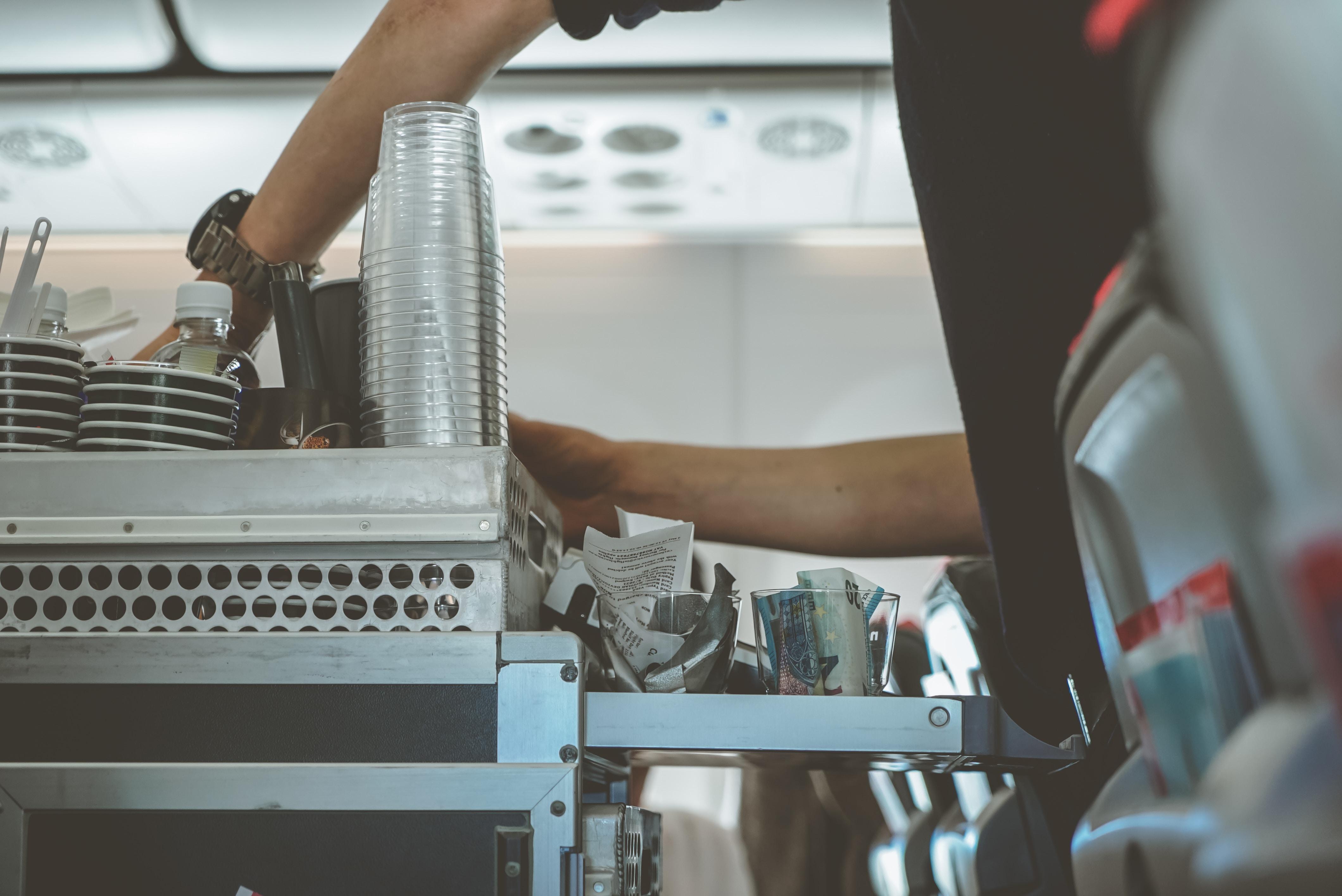 חיסכון עלויות בטיסה