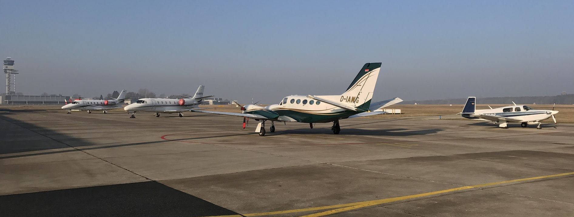 טיסות פרטיות וטיסות מנהלים