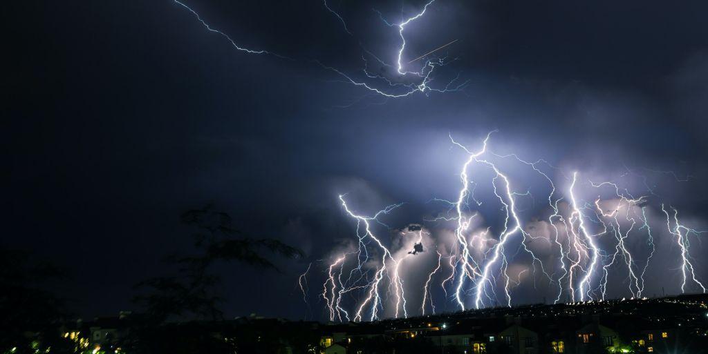 סופות ברקים