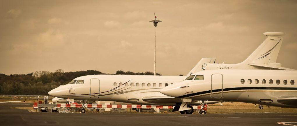 מטוסים לבנים