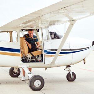 עבודות צדדיות לא חוקיות של טייסים