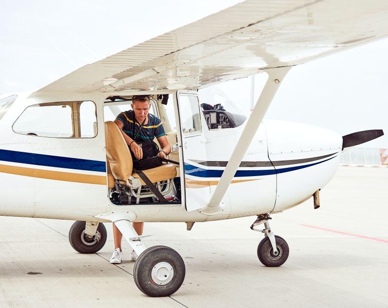 עבודות צדדיות של צוות תעופה