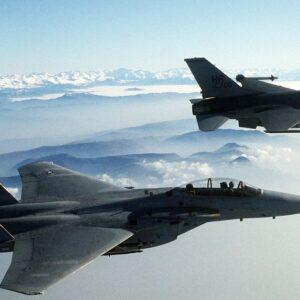 מיתוסים הוליוודיים על מטוסי קרב